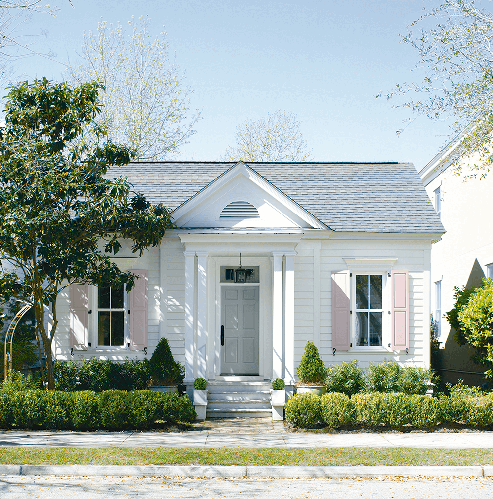 Exterior Paint in Huntington, Connecticut - Huntington Paint & Wallpaper - Benjamin Moore Authorized Retailer